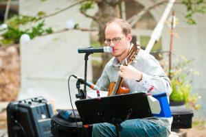 Calgary classical guitarist